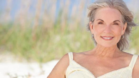 mujer de 60 años INAPAM