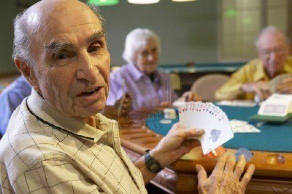 Adultos mayores Ocio