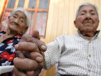 Resultado de imagen para el problema del adulto mayor en mexico