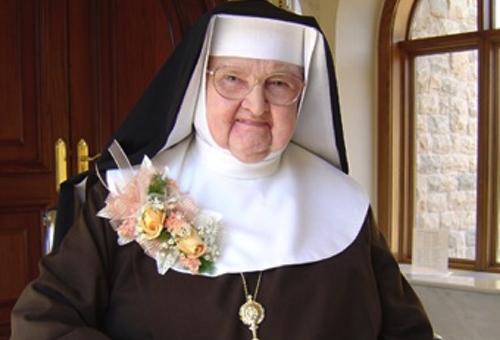 Madre Angélica