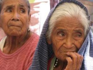Es preciso erradicar las múltiples formas de discriminación que afectan a las personas adultas mayores, con especial énfasis en la discriminación basada en el género.