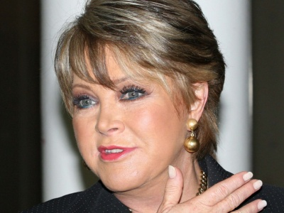 Lolita Ayala: periodista nacida el 21 de mayo de 1951 en la Ciudad de México.