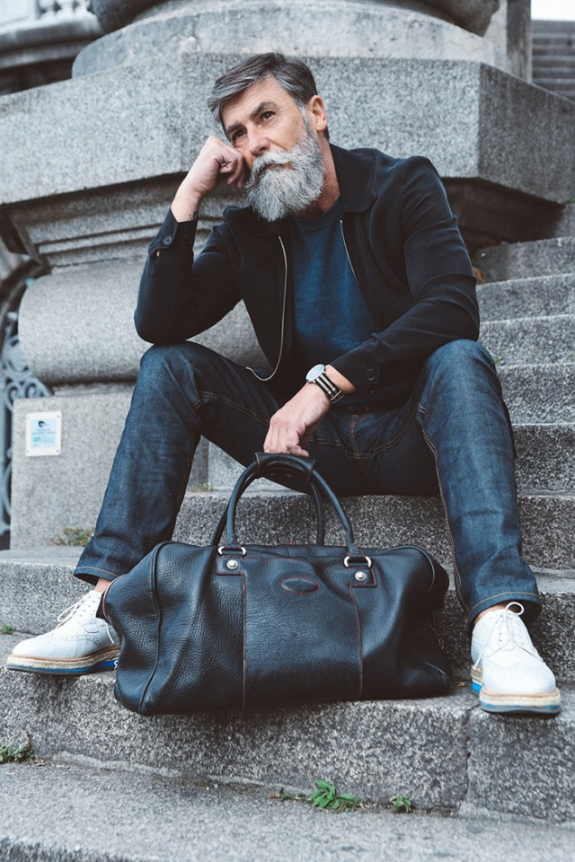 adulto mayor jeans