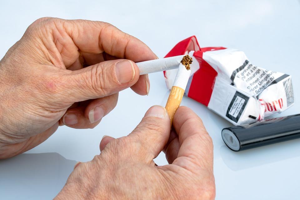 ¿Cómo dejar de fumar después de los 60 años - mayoresdehoy