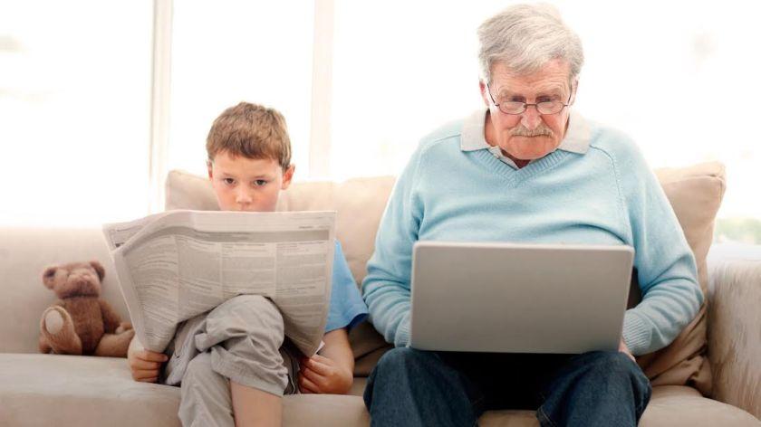 adultos mayores en internet