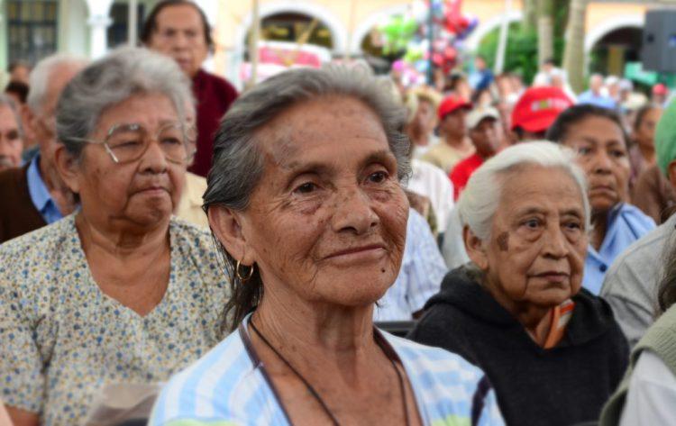 Erradicar-los-problemas-de-las-personas-mayores-e-insistir