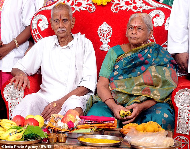 -Erramatti_Mangayamma_from_India_gave_birth_to_two_healthy_baby_g-m-27_1567776658537